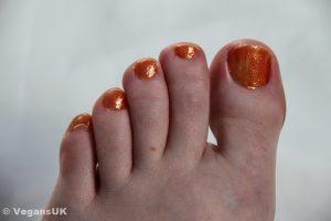 Tangarine Queen toes